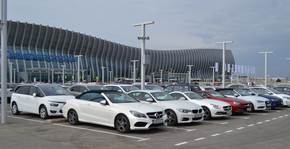 Аренда автомобиля в аэропорту Симферополь у надежного официального партнера