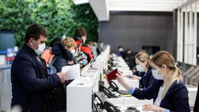 """Коронавирус и режим работы аэропорта """"Симферополь"""" в апреле 2020 года"""